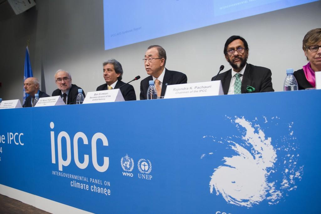 Presskonferens vid lanseringen av IPCC: s sammanfattande rapporten